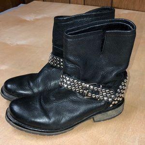 Steve Madden Black Studded Frankie Boots